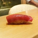 高柿の鮨 - 料理写真:中とろ