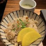 焼とりの八兵衛 - かしわ飯と鶏ガラスープ