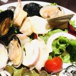 ルース・ロウ 東急店 - 野菜サラダ                                 税抜800円