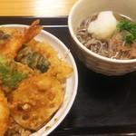 115152686 - 半熟玉子天丼・麺セット(小)¥810