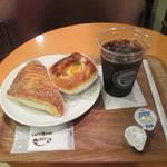 カフェ コア - 料理写真:照り焼きチキン玉子・ハムチーズパン・アイスコーヒー