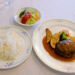 カフェ&レストラン ベーシック - ハンバーグステーキ