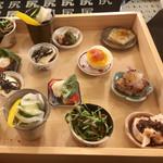 kozaragashuyaku-oshiriiesu - 今日は9種類             伊・和・中とジャンルレスのお料理の数々             これだけで何杯飲める?