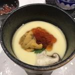 鮨匠 のむら - 雲丹、筋子茶碗蒸し(唐津赤雲丹、筋子は30秒醤油漬け)