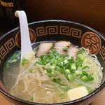 ラーメン・餃子 金平 - 料理写真: