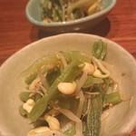 NIHIRO - お通し  山くらげと豆もやしの炒め物