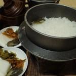 地酒の宿 中村屋 - ご飯 釜炊きご飯