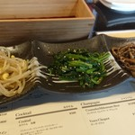 韓国バル イップニ - ナムル盛り合わせ