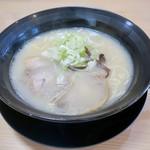 まる福ラーメン - 料理写真: