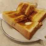 115177448 - モーニングのトースト