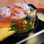 じもの亭 - 海鮮丼(華)+金箔