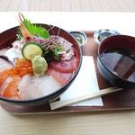 道の駅 うみんぴあ大飯 特産品販売所 - 料理写真: