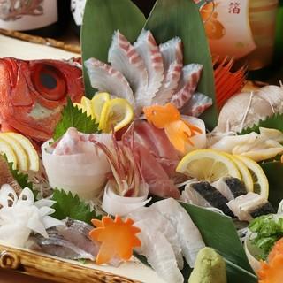 産地直送の海産物を使った海鮮料理