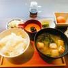 レストラン酢重正之 - 料理写真:白飯とお味噌汁、醤油豆乗せたとろろ、キャベツのお漬物、野沢菜、蕗味噌、生玉子