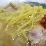 太昇亭 - ぷりぷりの中太麺