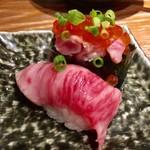 人形町 肉寿司 - 大トロ 450円、和牛いくら