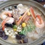 海鮮料理 食彩 太信 - あんこう鍋。1人前¥2,200(写真は2人前)