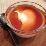 テータ - デザート(林檎の紅茶のシロップを掛けたフロマージュ)