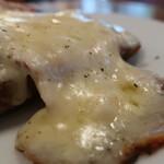 KAILUA HOUSE - チーズはとろけてる