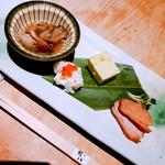 権八 SUSHI - 前菜 ~ 牡蠣をしぐれ煮.幸水の白和え.枝豆豆腐.鴨のロースト