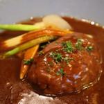 亀十料理店 - 単品のハンバーグ
