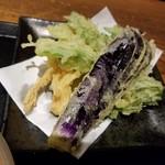 焔蔵 - 天ぷら(なす、春菊、えのき)