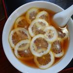 三太郎 - 料理写真:レモンラーメン(¥700税込み)