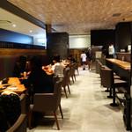 あか牛Dining yoka-yoka - JR博多駅に隣接したKITTE博多10Fのレストラン街『うまいと』内にあります。