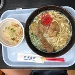 空港食堂 - ソーキそば(650円)ジューシー(160円)