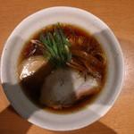 中華そば うえまち - 中華そば 鶏・豚  醤油(930円、真上から)