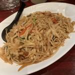 酒菜 刀削麺 - 料理写真:炒刀削麺