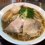 津軽煮干中華蕎麦 サムライブギー - 料理写真:津軽煮干し中華そば (味玉トッピング大盛り 850円)