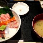 すぎ屋 - おまかせすぎ屋丼¥880