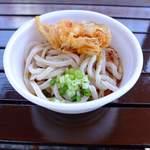 お寺うどん - 料理写真:カップ天ぷらのせ