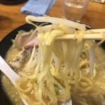 鶏そば きび - 麺アップ