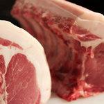 オステリア ベオーネ - 新鮮なお肉を仕入れています!