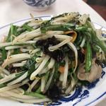 タカノ - ニラ炒め