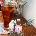 ミツバチガーデン カフェ - パラダイスアイスティー
