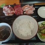 のむら食堂 - 料理写真:焼肉セット  950円