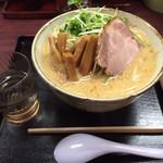 みそ壱 - 料理写真:ネギみそラーメン(メンマトッピング)