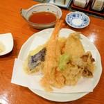 山海 - 天ぷら盛り合せ