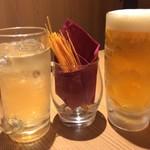 jidorisemmontenkoshitsuizakayakittei - もう一個のお通しは仕事仲間がすでに食べ中(笑)