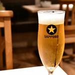 イタリアン酒場 SORRISOLE - サッポロ生ビール@580円