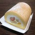 ベビーモンシェール - 堂島ロール(フルーツ入)ハーフ