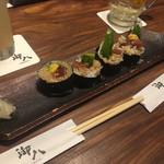 御八 - * 鮪とアボカドの巻き寿司 777円