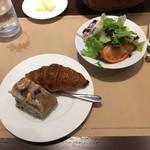115336043 - 朝食セット(980円)                       サラダ