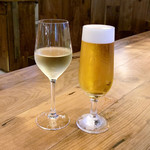 スパイスビストロB - 白ワイン / プレミアムモルツ