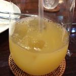 ルール ブルー - パイナップルジュース