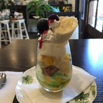 カフェ ピット - 料理写真:フルーツミニパフェ(2019.9.12)