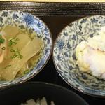 膳処 とと屋 - 小鉢 2種  大根と鶏肉の煮物  ポテトサラダ